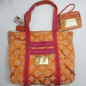Coach Poppy Glam Tote Bag with Matching Wristlet